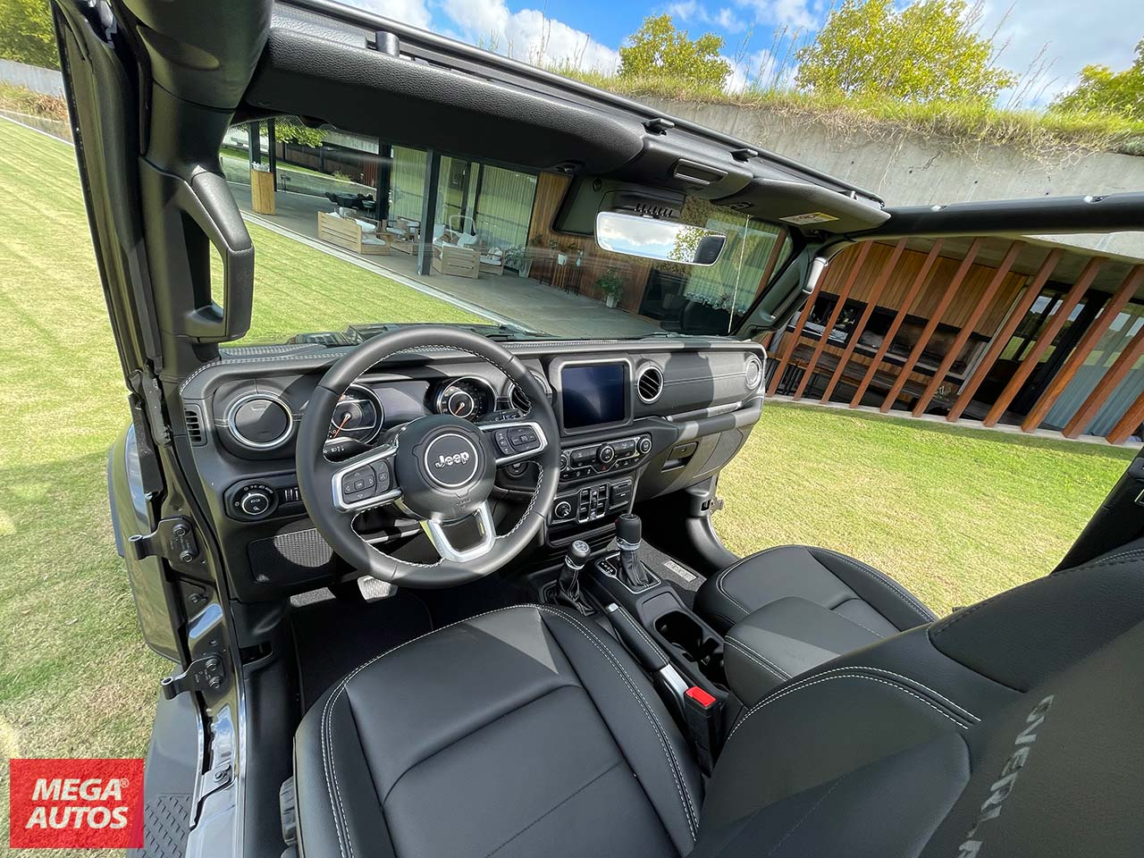 Interior Jeep Gladiator Overland