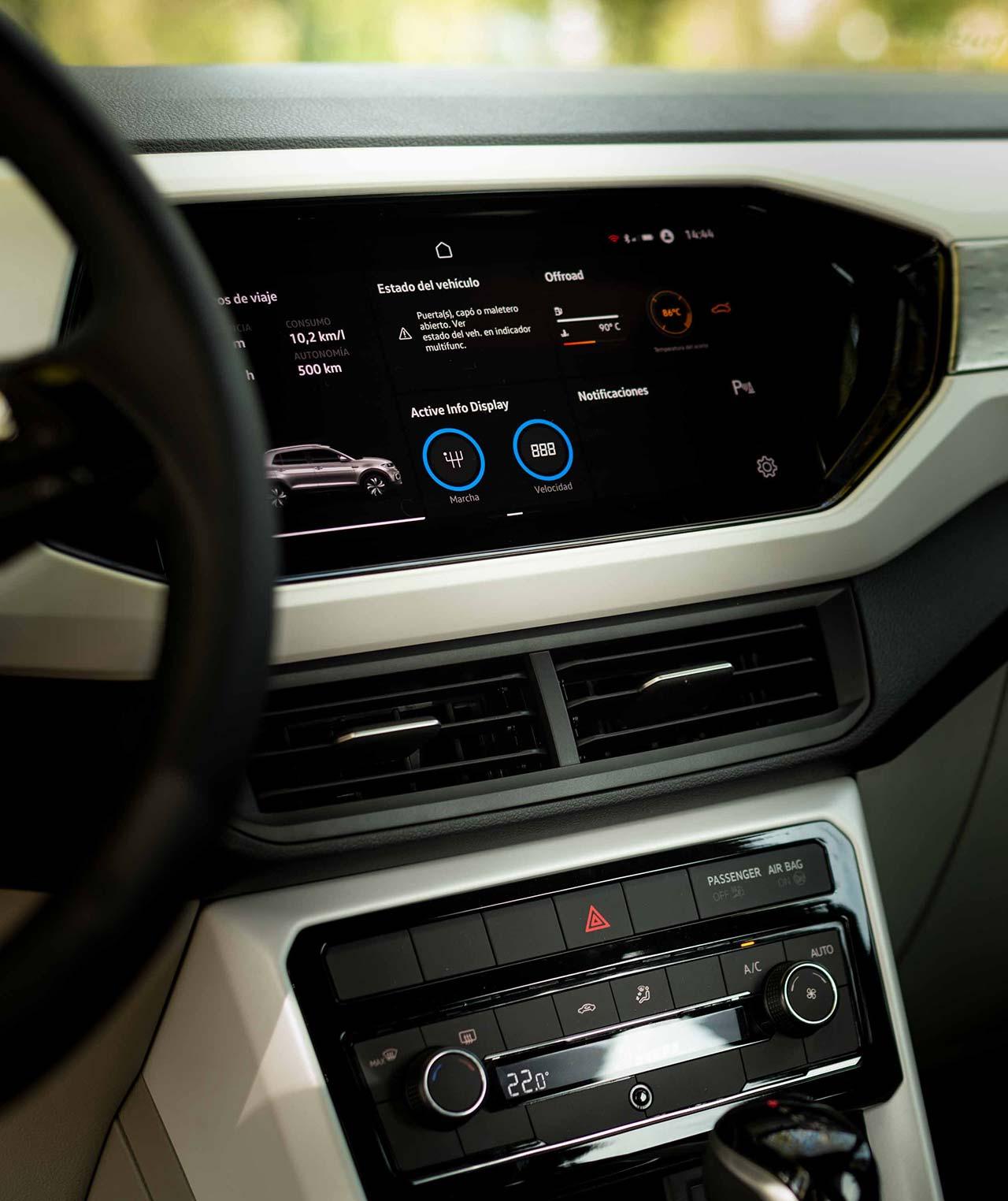 Interior Volkswagen T-Cross TSI turbo