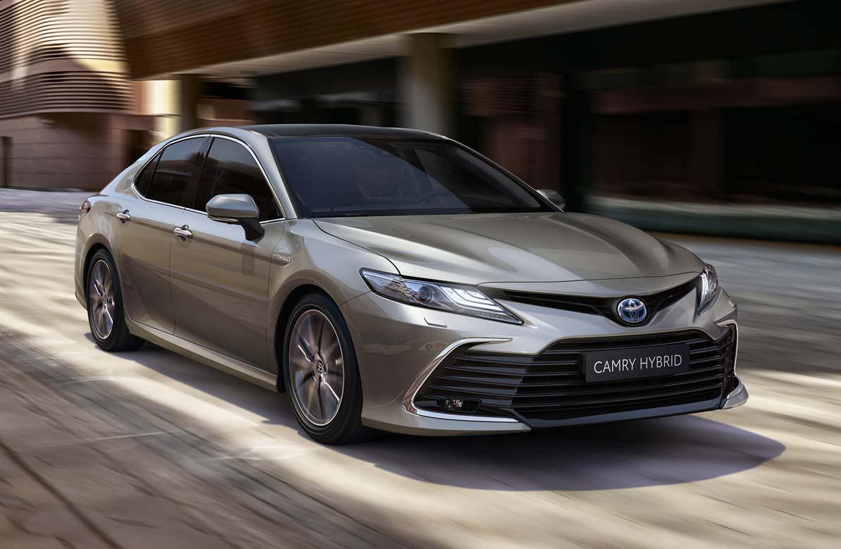 Toyota Camry, ahora híbrido en Argentina
