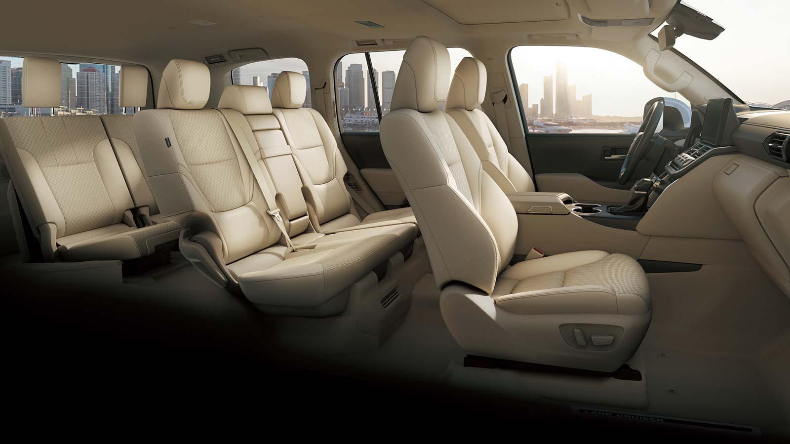 Interior Toyota Land Cruiser 2022