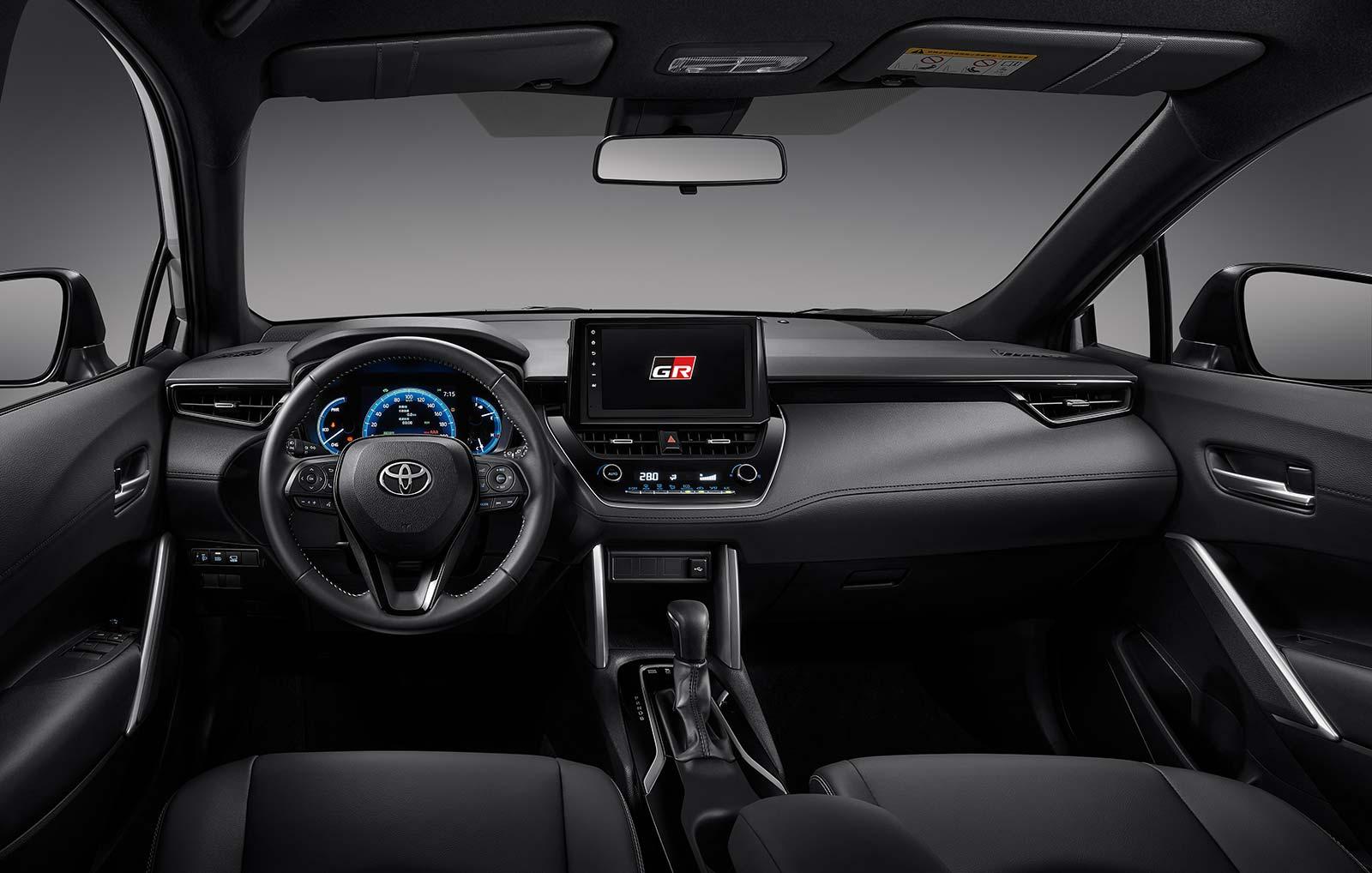 Interior Toyota Corolla Cross GR Sport
