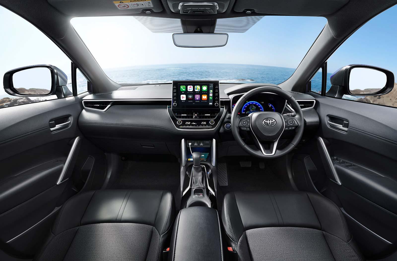 Interior Toyota Corolla Cross 2022 (Japón)