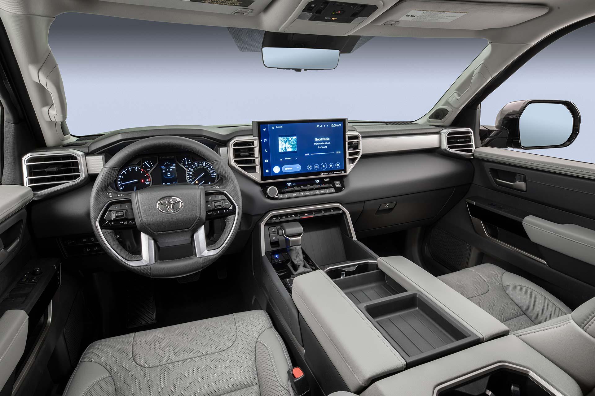 Interior Toyota Tundra 2022