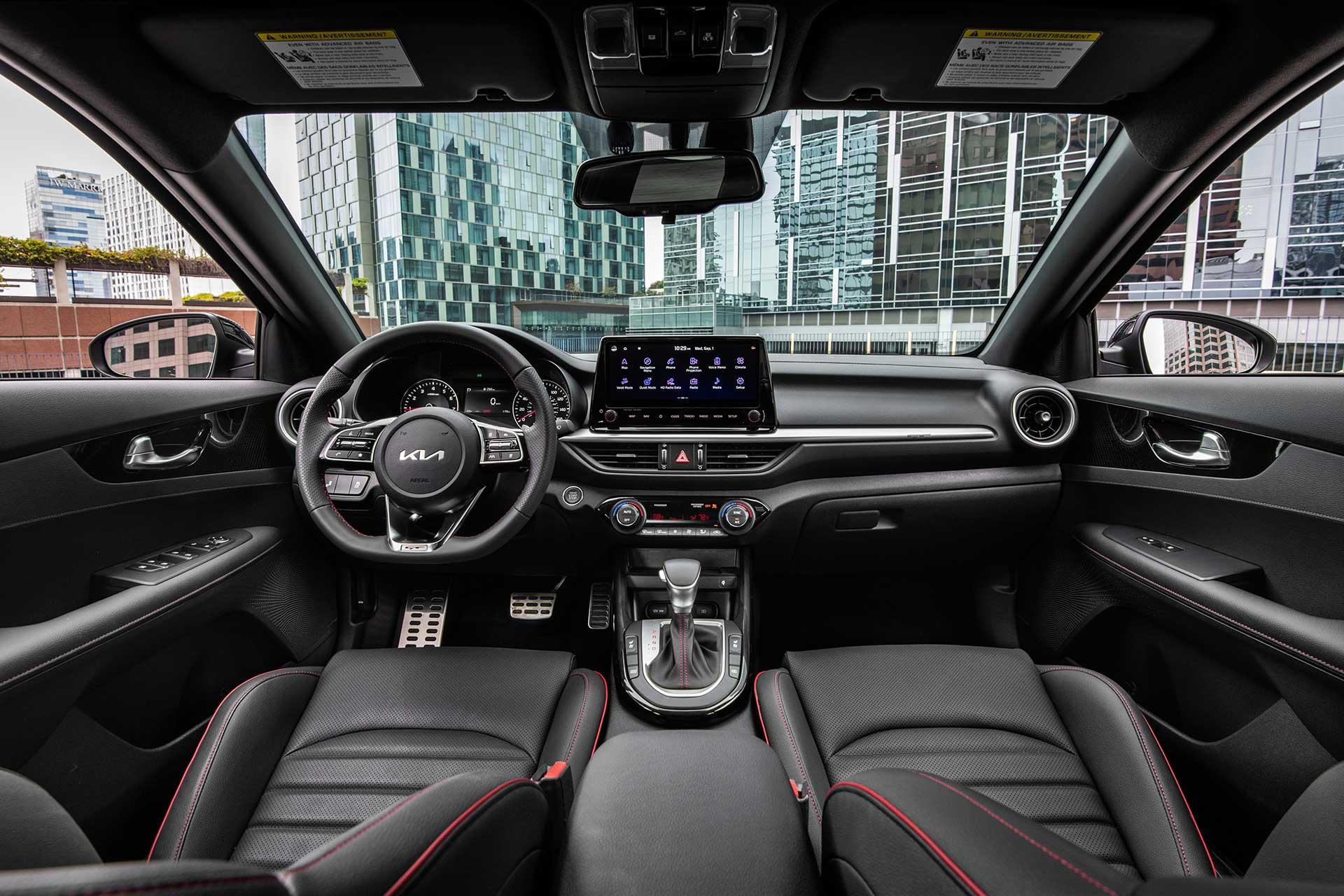 Interior Kia Cerato 2022